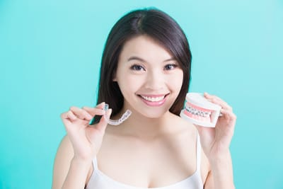 young girl with invisalign